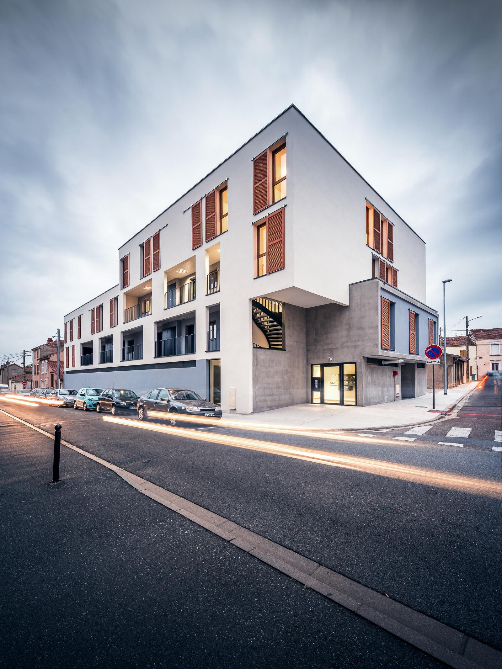 9 logements bbc roanne zoomfactor architectes paris. Black Bedroom Furniture Sets. Home Design Ideas